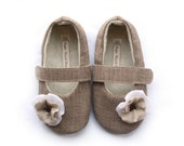 The Mon Cherie baby shoe/bootie/slipper
