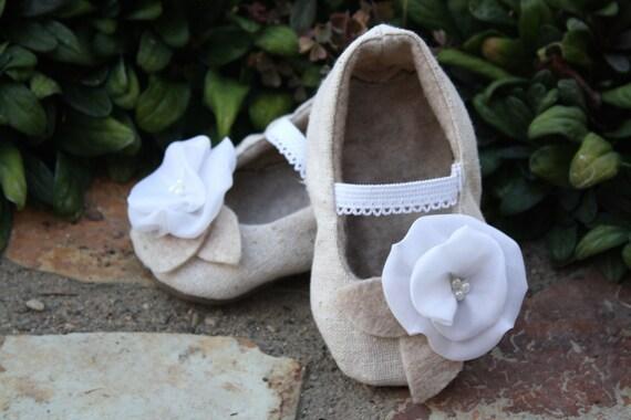 The Eloise baby shoe\/bootie\/slipper