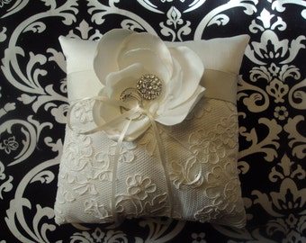 Maya Ring Bearer Pillow