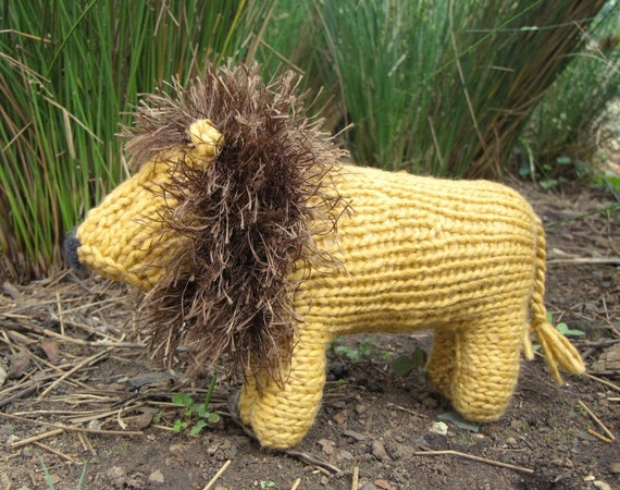 Free Knitting Patterns For Christmas Decorations : Lion Knitting Pattern