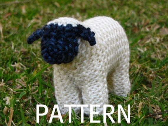 Waldorf Toy, Suffolk Sheep Knitting Pattern (PDF)
