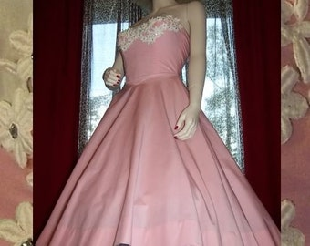 1950s Pink Strapless Dress with Rhinestones & Lace