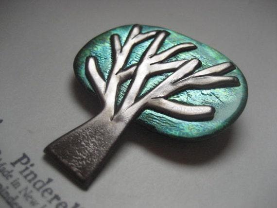 Tree pin brooch