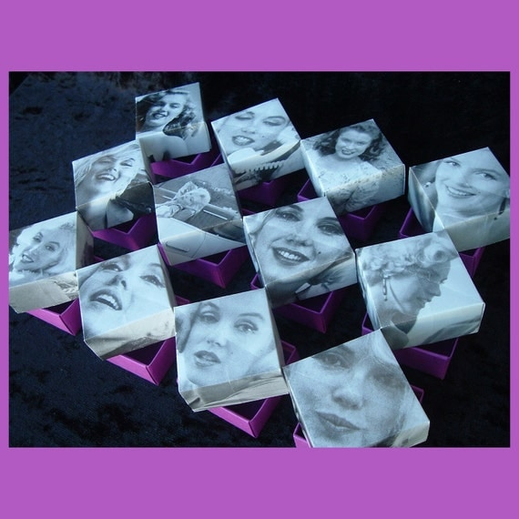 Marilyn Monroe origami box set (one dozen) and gift box