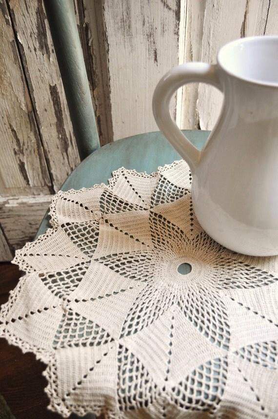 Large Round Doily Crochet Diamond Zigzag Table Centerpiece Ecru Natural Color Vintage