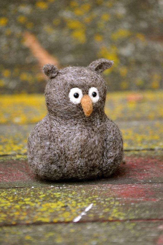 OWL - Needle Felted Wool Owl - needle felted animals