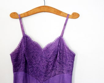 vintage 60s Upcycled Hand Dyed No Shrinking Violet Vanity Fair Floral Lace Bodice Full Slip Dress
