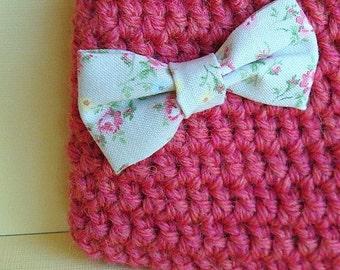 Sale - Pretty Bow Crochet Pouch