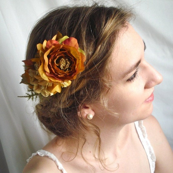 softly falling - an autumn floral comb