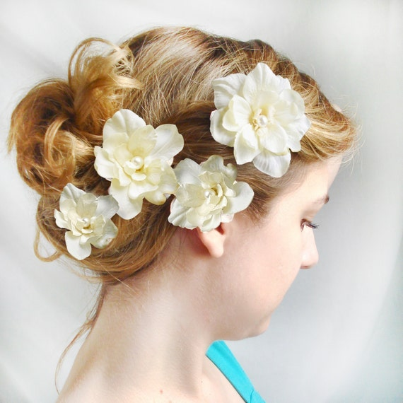 white or ivory flower hair clips - CUPIDS KISSES -  wedding hair pins