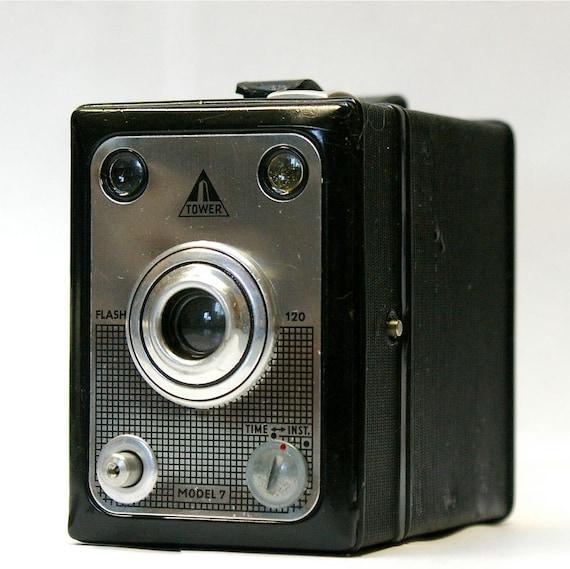 Vintage Tower Model Flash 7  120 film Camera 1955-1958