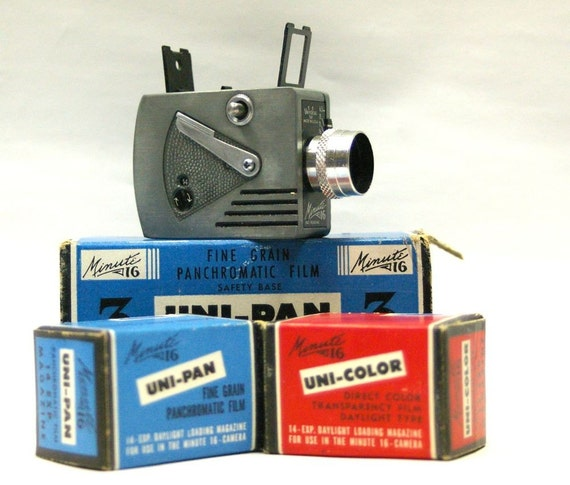 Vintage Universal MInute 16 Camera, Boxes and Funky Flash unit-1949