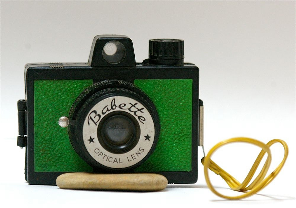 Vintage Babette Plastic Novelty Camera 1960 s