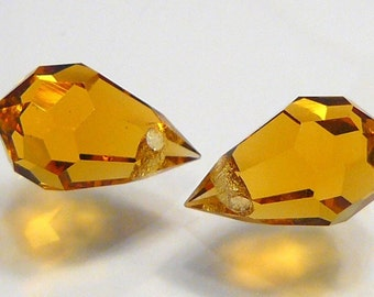 2 BEADS...Golden Citrine Quartz Glass Faceted Teardrop Briolette BEADS....10x6mm....BB