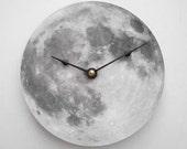Full Moon Clock
