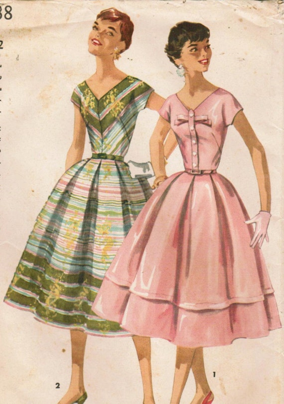1950s Simplicity 1538 UNCUT Vintage Sewing Pattern Misses' One-Piece Dress Size 12 Bust 30