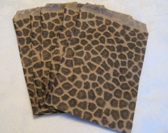 50 Paper Bags, Gift Bags, Cheetah Print Bags, Animal Print Party, Paper Gift Bags, Merchandise Bags, Retail Bags, Party Favor Bags 5x7