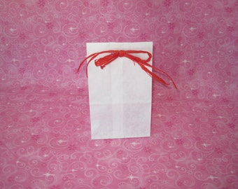 Paper Bags, White Paper Bags, Kraft Paper Bags, Gusset Paper Bags, Lunch Bags, Gift Bags, Favor Bags, Candy Bags, Small Bags 4x2.5x8 Pack 50