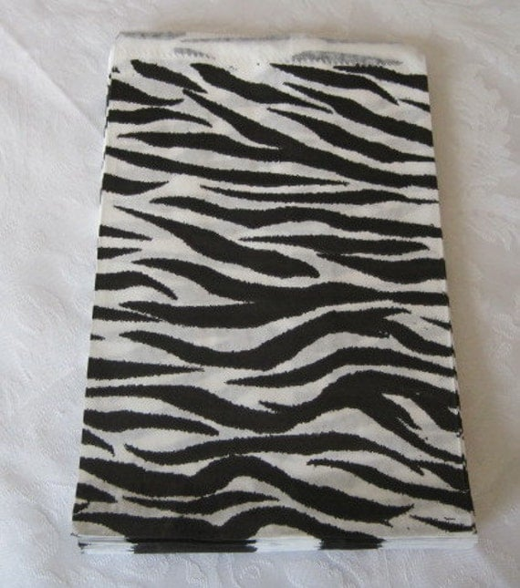 100 Paper Bags, Gift Bags, Zebra Animal Print, Merchandise Bags, Retail Bags, Small Paper Bags, Black and White, Stripe Paper Bags 5x7