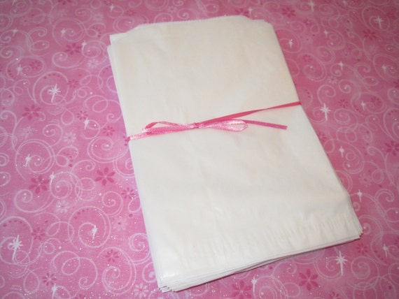 Glassine Wax Bags, Wax Paper Bags, Candy Bags, Bakery Bags, Sandwich Bags, Food Bags, Grease Resistant 5.5x7.75 Pack 100