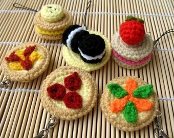 Miniature Crochet Pattern- PIZZA AND BISCUITS- Cell Phone Charm  (00345)