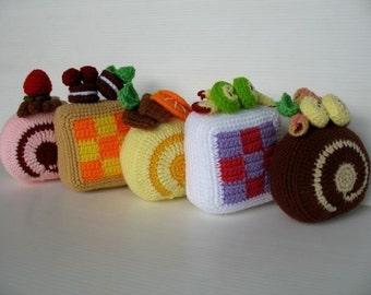 Crochet Pattern- SWISS ROLL CAKE -Playfood / Toys  (00351)