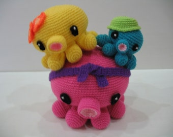 Crochet Pattern - OCTOPUS FAMILY- Toys - PDF  (00385)