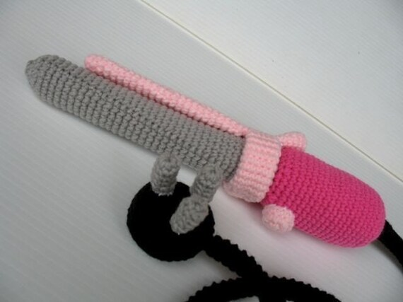 how to stop crochet from curling