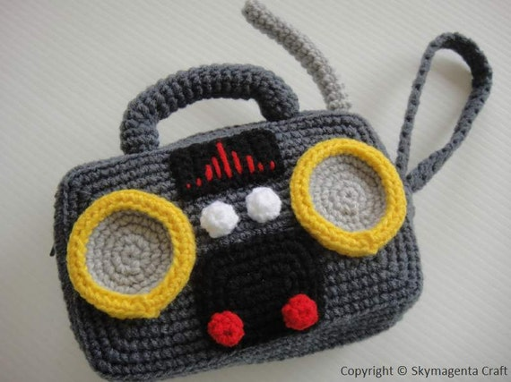 Crochet Pattern - RADIO PURSE - For cell phone / money / others - PDF