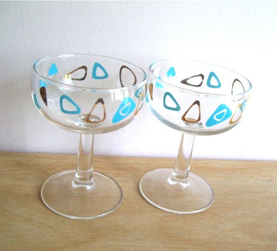 Amoeba Boomerang Glasses, two Champagne Federal Glass stemmed cocktail