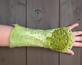 Felted Pair of Fingerless Green