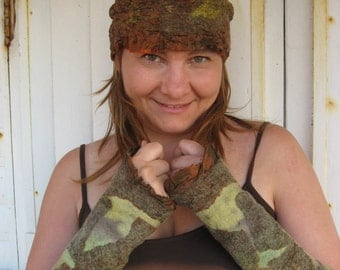 Felted Pair of Fingerless and Hat  - Autumn Love
