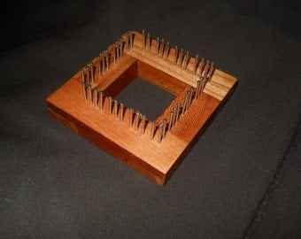 """2 """" Traditional Mini Loom in Cherry"""