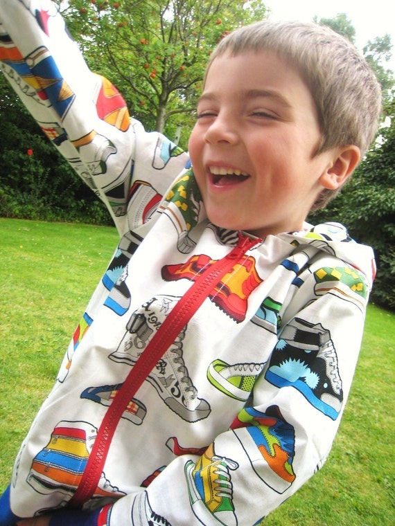 The Reversible Zippy Hoodie sewing pattern UNISEX  5Y/6Y/7Y/8Y - PDF