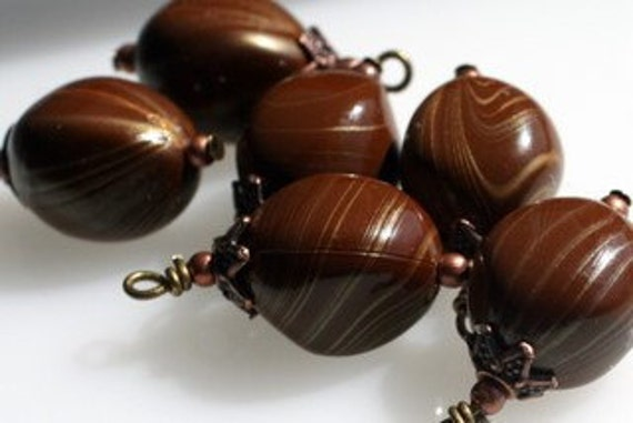Abstract Brown Acrylic Bead Dangle Drop Charm Set