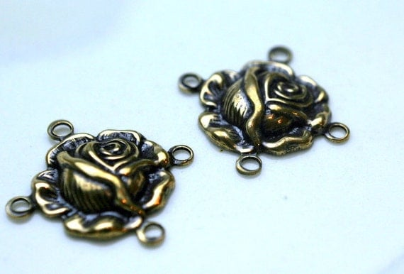 Trinity Brass Antique Gold Rose 4 Ring Connector