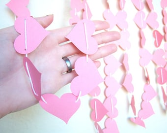 Garland Hearts Pink Adjustable