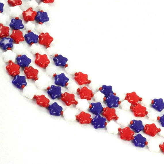 Veterans Day Lanyard White Red Blue Stars Patriotic Beaded Badge Holder Labor Day ID Badge USA Americana Memorial Day 4th of July ID Leash