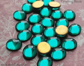 Vintage Cabochons - 10x12mm Emerald Green - 6 West German Glass Stones