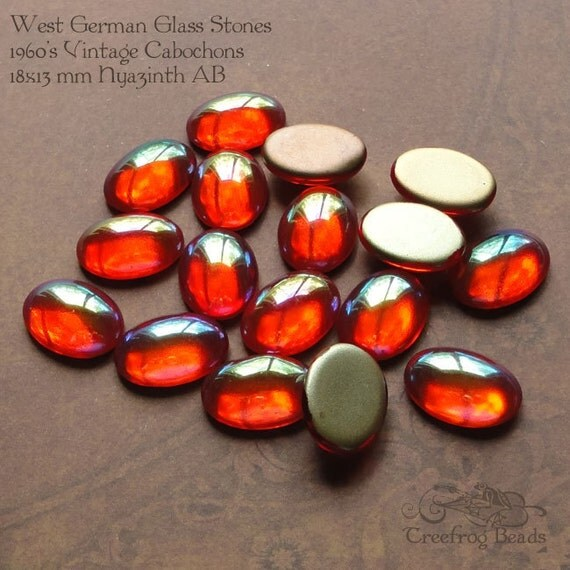 12 Vintage Glass Cabochons - 13x18mm Hyazinth Orange AB
