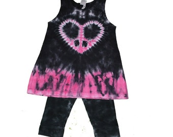 Tie Dye Tunic and Leggings Set in Black with a Hot Pink Tie Dye Peace Sign Heart