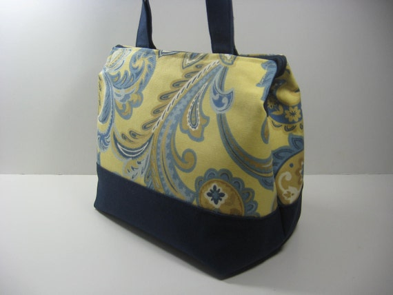 Insulated Lunch Bag Purse - Wispy Yellow and Blue