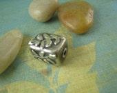 LOVELY LEAVES Fine Silver Bead
