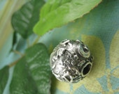 SPACE LILY Abstract Floral Texture Fine Silver Over Porcelain Bead