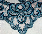 teal green sewing embellishment small collar or embroidered decoration  lace