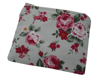 Floral Rose Print Cotton Coin Purse in Mint Green, Mauve and Pink - Vintage & Ditsy