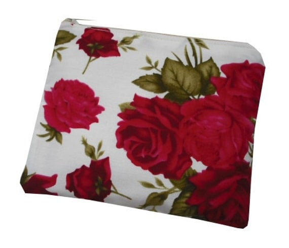 Floral Rose Print Cotton Coin Purse in Red, White and Green - Vintage & Beautiful