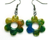 Shimmery flower earrings in green, gold and blue