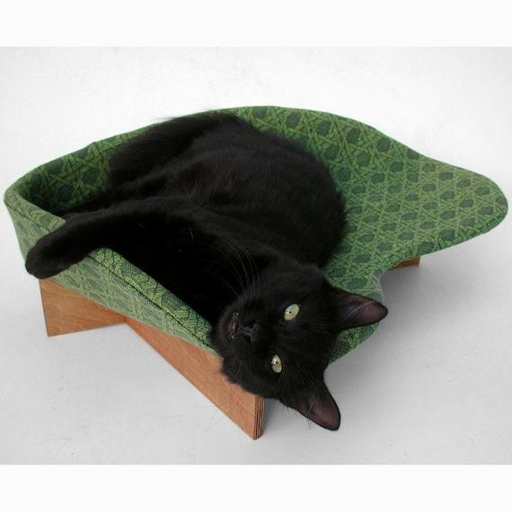 Modern Pet Bed in Avocado Rattan