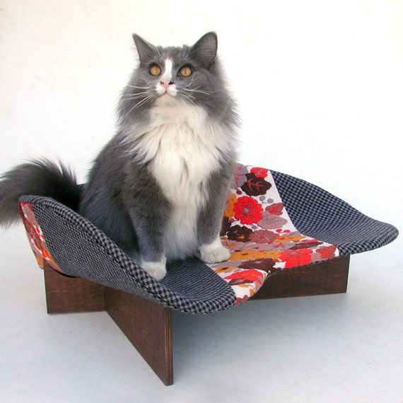 Retro Modern Pet Bed in Grey Checks and Orange Embroidery